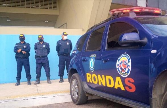 Guarda prende suspeito de agredir esposa dentro de área ocupada na Ribeira