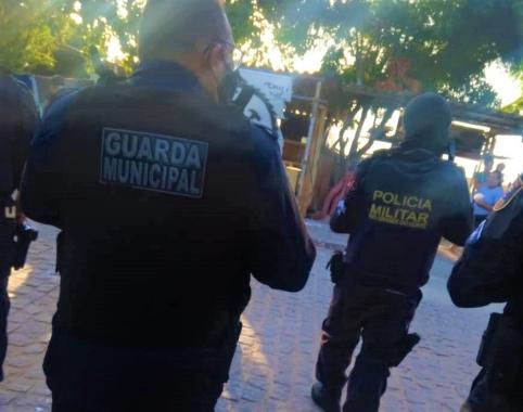 Guarda e PM fazem incursões no Paço da Pátria e Mãe Luiza para combater aglomerações